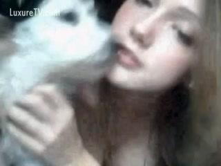 Prettyy young girl loves dog sex - ZooTrex - Free Amateur Porn
